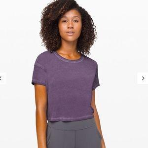size 4 purple Cates Tee Fade Lululemon